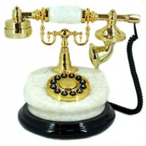 Телефон ретро 27*22см