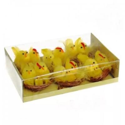 Гнездо с курочкой и цыпленком