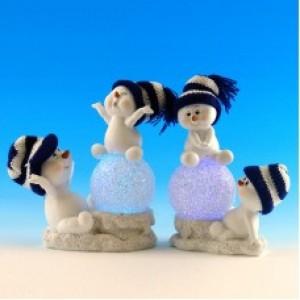 Парочка снеговиков со светодиодами  из полистоуна