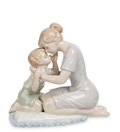"""Статуэтка """"Мать с сыном"""" (Pavone)"""