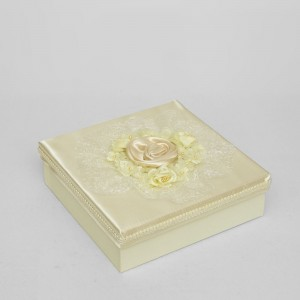 Коробка квадратная