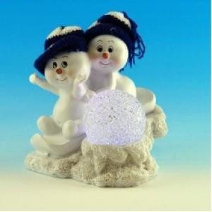 Парочка снеговиков со светодиодами в виде шара, из полистоуна