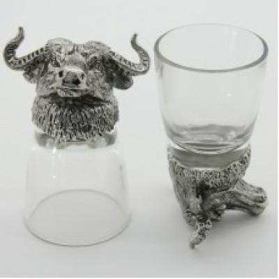 Набор из 2-х стопок с быком в серебряном цвете (50мл/стопка)
